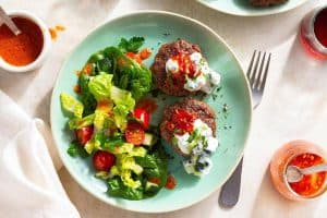 LAMB SALAD WITH CUCUMBER YOGURT